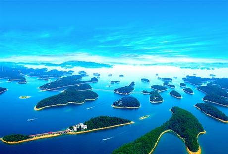 """南昌到柘林湖1日游天天发团,称为""""江西的千岛湖"""""""
